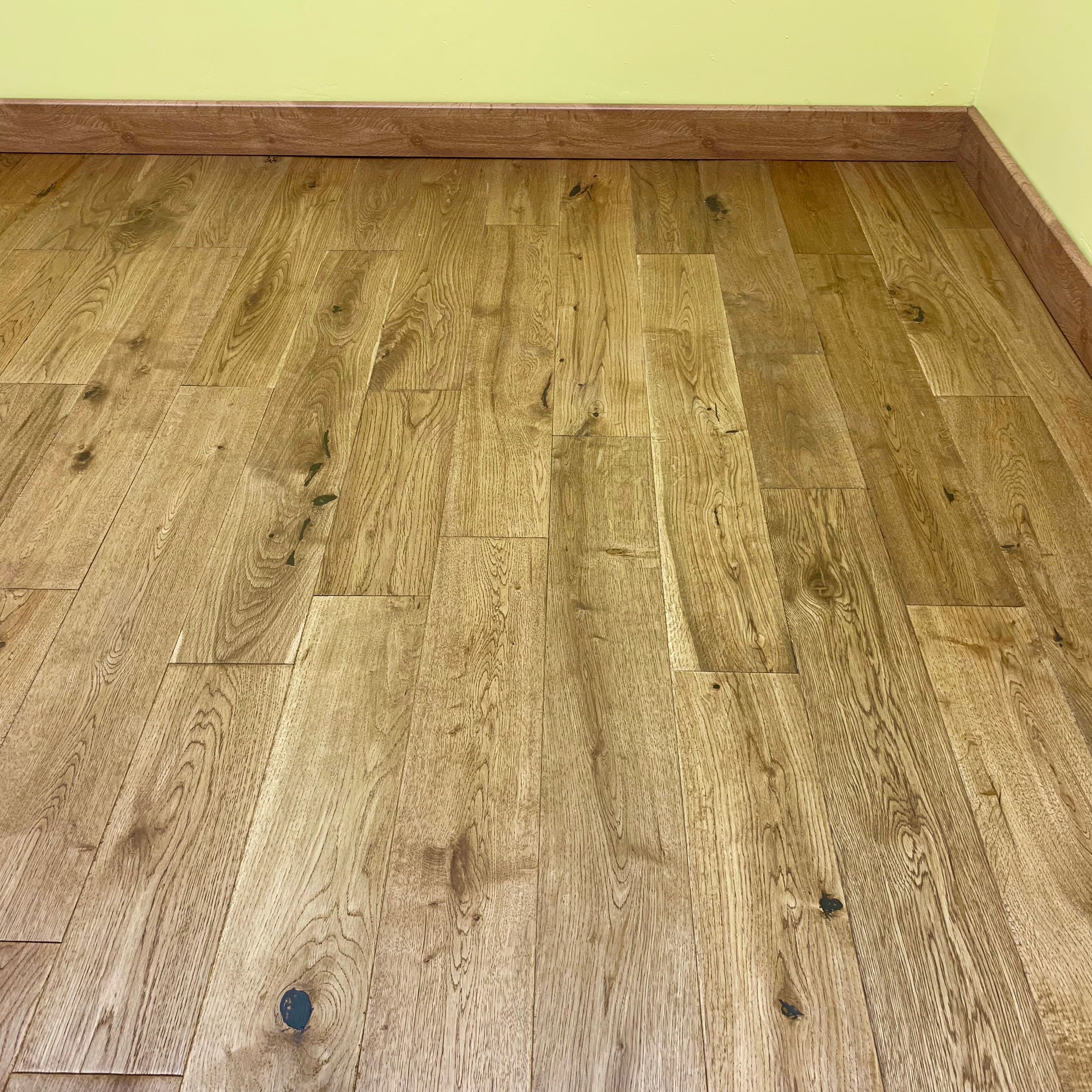 Solid wood flooring solid oak flooring thickness 18mm dailygadgetfo Gallery