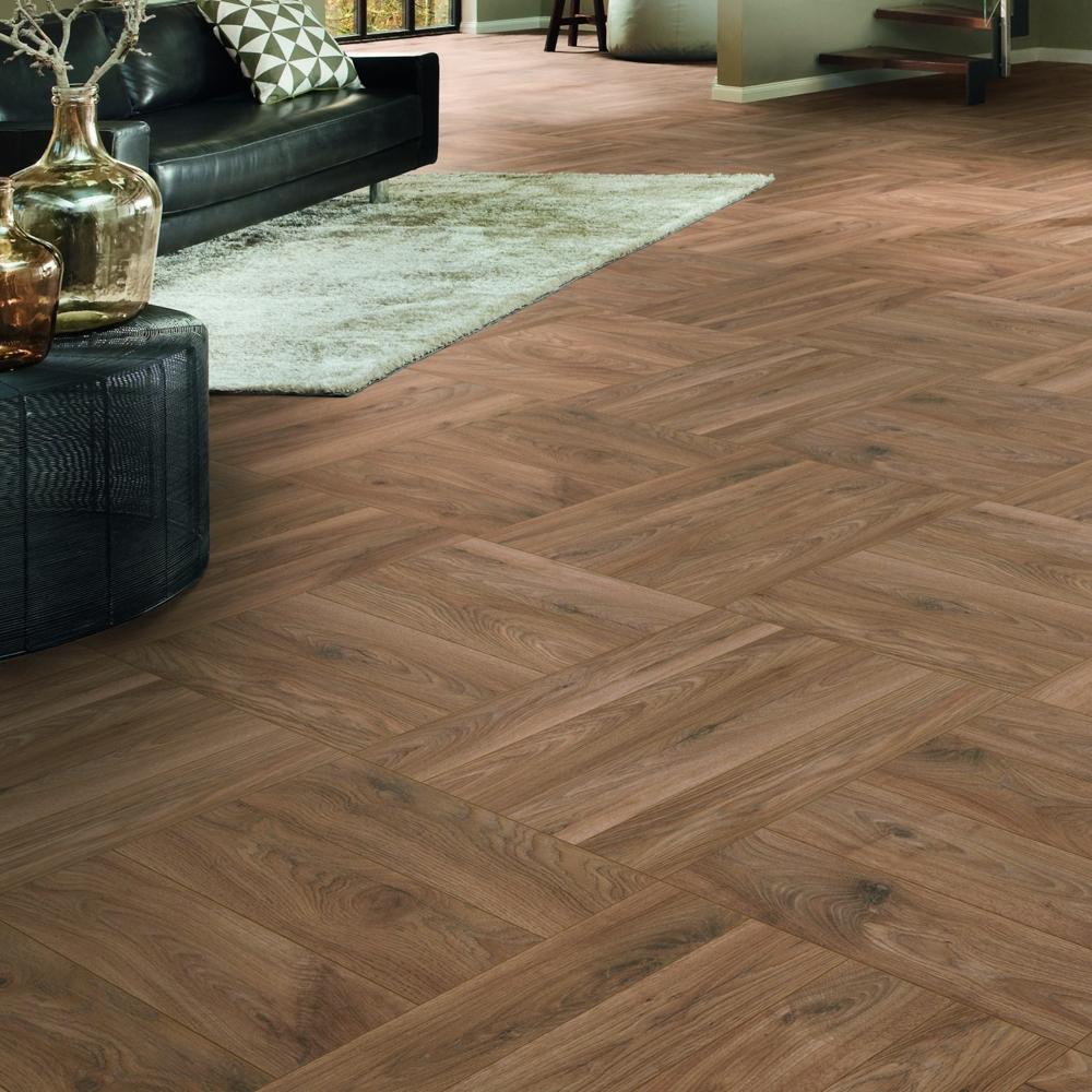Nest 10mm Prestige Oak Herringbone, Prestige Laminate Flooring Reviews