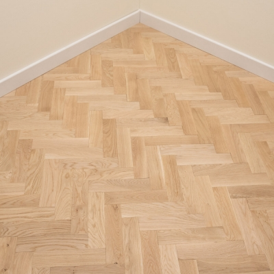 Thorpe Oak Herringbone 70 x 300 x 16mm Unfinished