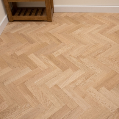 Thorpe Prime Oak Herringbone 70 x 300 x 22mm Unfinished