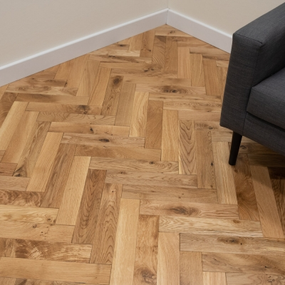Thorpe Ranch Oak Herringbone 70 x 350 x 18mm