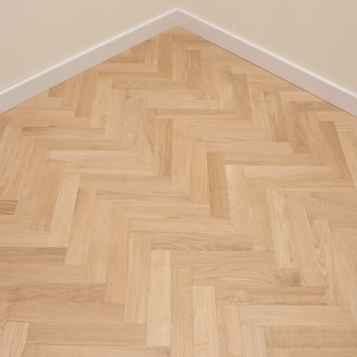 Thorpe Prime Oak Herringbone 70 x 250 x 22mm Unfinished
