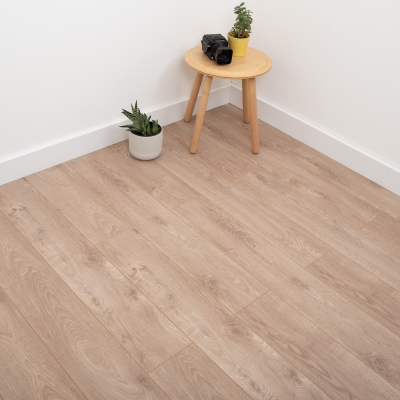 Nest 12mm Fawn Oak Laminate Flooring