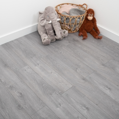 Nest 12mm Flint Oak Laminate Flooring