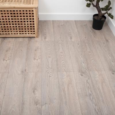 Nest 12mm Amaretti Oak Laminate Flooring