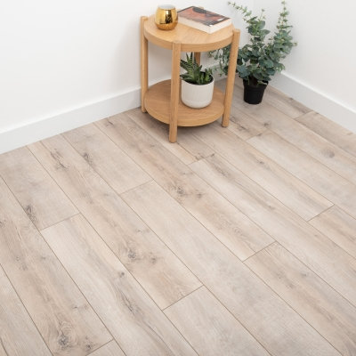 Nest 8mm Sandstone Oak Laminate Flooring