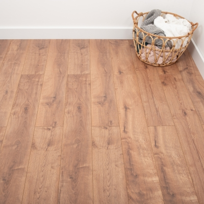 Nest 8mm Desert Oak Laminate Flooring