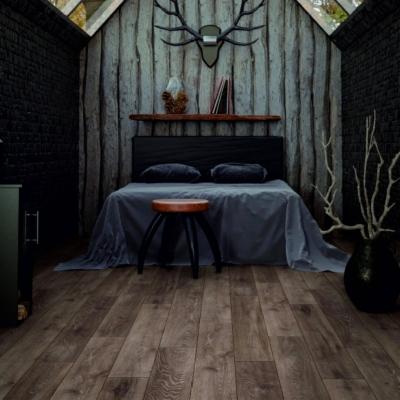 Nest 8mm Berkeley Oak Laminate Flooring