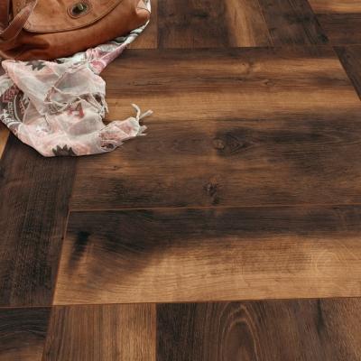 Nest 12mm Husk Oak Laminate Flooring