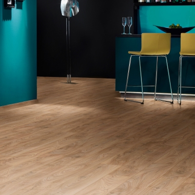 Nest 10mm Cambridgeshire Oak 4V Groove Laminate Flooring