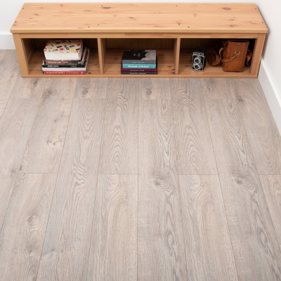 Nest 8mm Amaretti Oak Laminate Flooring