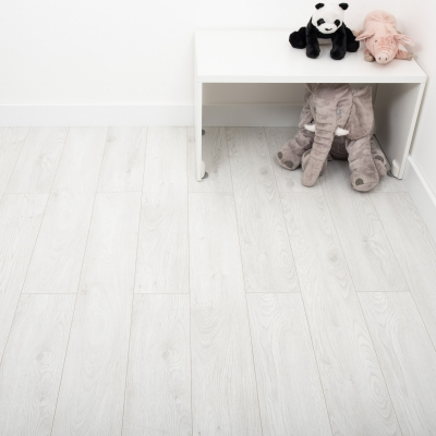 Nest 8mm Cotton Oak Laminate Flooring