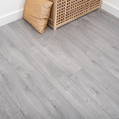 Nest 8mm Flint Oak Laminate Flooring