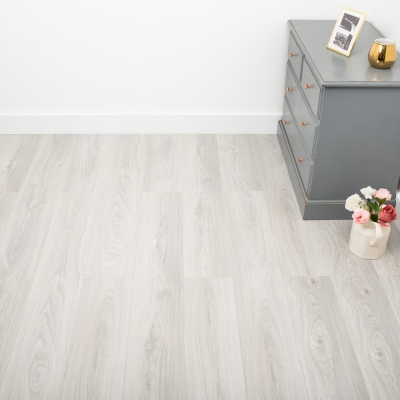 Nest 8mm Frozen Oak Laminate Flooring