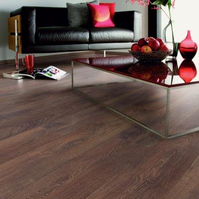 Nest 8mm House Oak 4V Groove Laminate Flooring