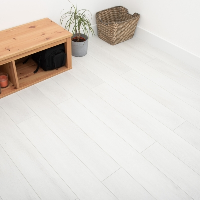 Nest 8mm Snow Oak Laminate Flooring