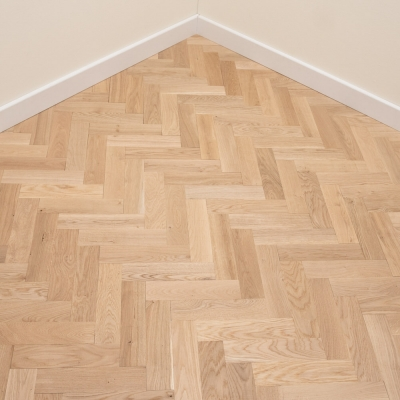 Thorpe Oak Herringbone 70 x 300 x 22mm Unfinished
